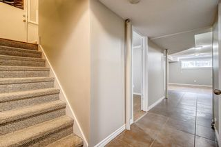 Photo 16: 736 56 Avenue SW in Calgary: Windsor Park Semi Detached for sale : MLS®# A1109274