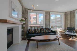 """Photo 3: 209 1216 HOMER Street in Vancouver: Yaletown Condo for sale in """"THE MURCHIES BUILDING"""" (Vancouver West)  : MLS®# R2003084"""