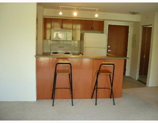"""Photo 4: 2763 CHANDLERY Place in Vancouver: Fraserview VE Condo for sale in """"THE RIVER DANCE"""" (Vancouver East)  : MLS®# V638921"""