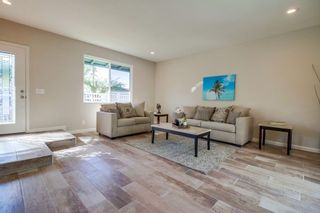 Photo 5: SAN DIEGO House for sale : 3 bedrooms : 8170 Whelan Dr