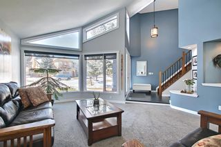 Photo 5: 19 Signal Hill Mews SW in Calgary: Signal Hill Detached for sale : MLS®# A1072683