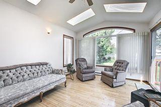 Photo 10: 2415 Vista Crescent NE in Calgary: Vista Heights Detached for sale : MLS®# A1144899