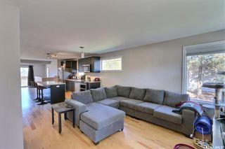 Photo 3: 805 West Street in Melfort: Residential for sale : MLS®# SK871134