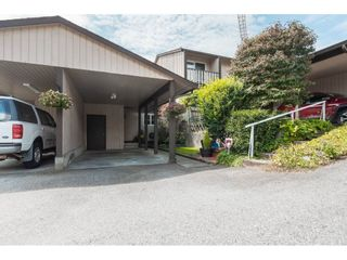 "Photo 1: 9 32870 BEVAN Way in Abbotsford: Central Abbotsford Townhouse for sale in ""Centennial Gardens"" : MLS®# R2390136"