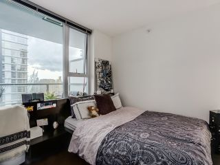 "Photo 8: 2306 131 REGIMENT Square in Vancouver: Downtown VW Condo for sale in ""SPECTRUM 3"" (Vancouver West)  : MLS®# R2019933"