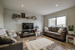 Photo 5: 507 Maple Crescent in Warman: Residential for sale : MLS®# SK864212