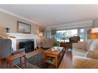"""Photo 2: 1962 ACADIA Road in Vancouver: University VW House for sale in """"UNIVERSITY"""" (Vancouver West)  : MLS®# V928951"""