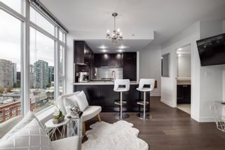 """Photo 3: 1302 1133 HOMER Street in Vancouver: Yaletown Condo for sale in """"H&H"""" (Vancouver West)  : MLS®# R2618125"""