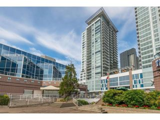 """Photo 1: 1005 988 QUAYSIDE Drive in New Westminster: Quay Condo for sale in """"Riversky 2"""" : MLS®# R2625383"""