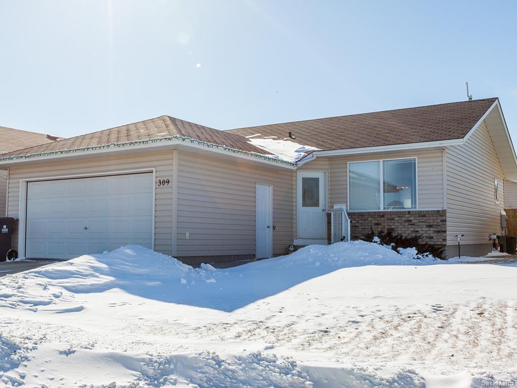 Main Photo: 309 1st Avenue North: Warman Single Family Dwelling for sale (Saskatoon NW)  : MLS®# 600765