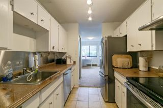 """Photo 3: 9118 CENTAURUS Circle in Burnaby: Simon Fraser Hills Townhouse for sale in """"Chalet Court"""" (Burnaby North)  : MLS®# R2464006"""