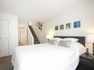 "Photo 9: 854 W 6TH Avenue in Vancouver: Fairview VW Townhouse for sale in ""BOXWOOD GREEN"" (Vancouver West)  : MLS®# R2184606"