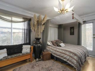 """Photo 9: 13 9785 152B Street in Surrey: Guildford Townhouse for sale in """"Turnberry Place"""" (North Surrey)  : MLS®# R2125112"""
