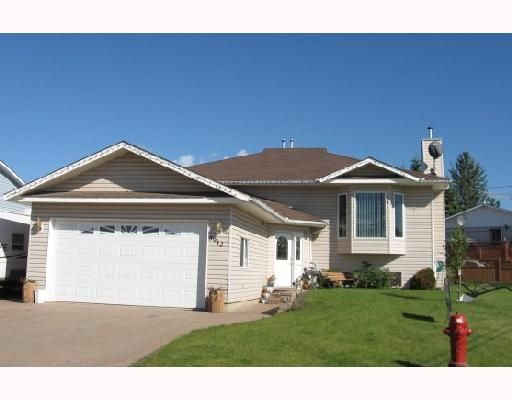 Main Photo: 3912 COTTONWOOD Road in Fort_Nelson: Fort Nelson -Town House for sale (Fort Nelson (Zone 64))  : MLS®# N183359