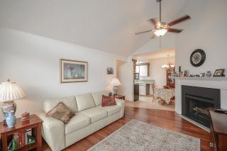 """Photo 3: 311 230 MOWAT Street in New Westminster: Uptown NW Condo for sale in """"HILLPOINTE"""" : MLS®# R2321033"""