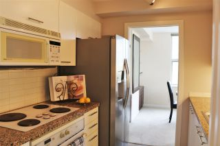 """Photo 4: 808 1500 HORNBY Street in Vancouver: Yaletown Condo for sale in """"888 BEACH"""" (Vancouver West)  : MLS®# R2065574"""