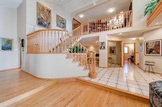Photo 4: 256 BURTON Road in Edmonton: Zone 14 House for sale : MLS®# E4262280