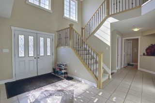 Photo 2: 1689 HECTOR Road in Edmonton: Zone 14 House for sale : MLS®# E4247485