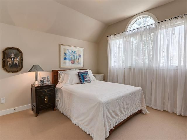 Photo 28: Photos: 309 16 Street NW in Calgary: Hillhurst House for sale : MLS®# C4005350