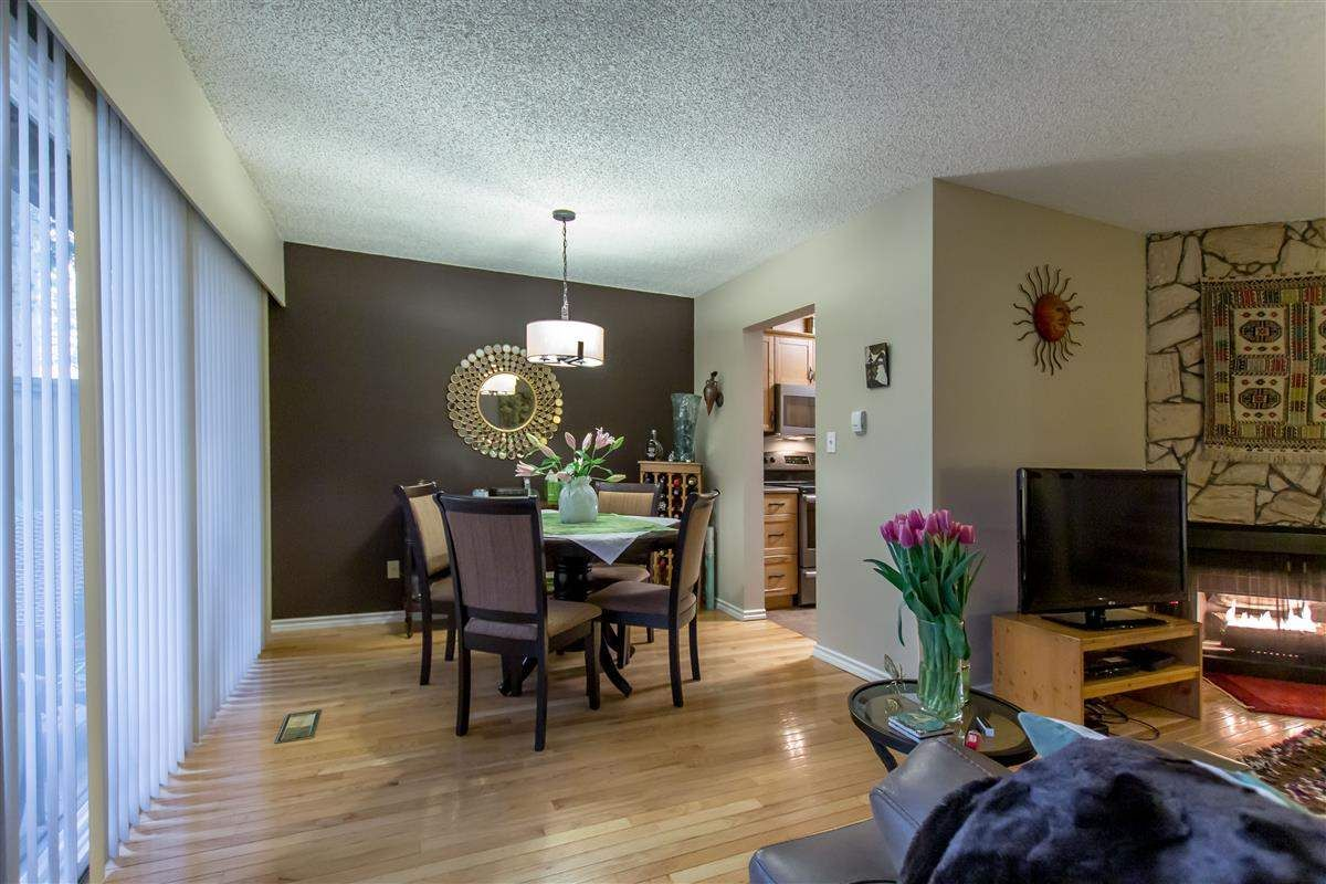 """Photo 4: Photos: 8918 CENTAURUS Circle in Burnaby: Simon Fraser Hills Townhouse for sale in """"Simon Fraser Hills"""" (Burnaby North)  : MLS®# R2347443"""