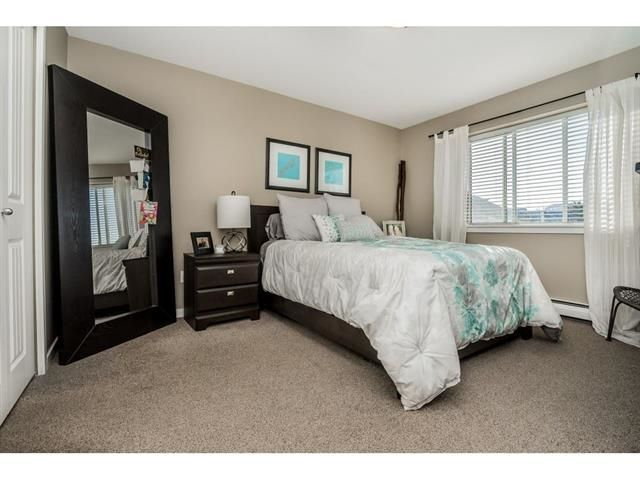 Photo 9: Photos: 304 32725 GEORGE FERGUSON Way in Abbotsford: Abbotsford West Condo for sale : MLS®# R2488221