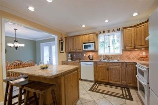 Photo 3: 2461 ALADDIN Crescent in Abbotsford: Abbotsford East House for sale : MLS®# R2003687