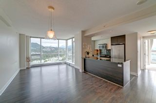 """Photo 2: 3205 2968 GLEN Drive in Coquitlam: North Coquitlam Condo for sale in """"Grand Central 2 by Intergulf"""" : MLS®# R2603826"""