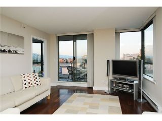 """Photo 4: 705 2288 PINE Street in Vancouver: Fairview VW Condo for sale in """"THE FAIRVIEW"""" (Vancouver West)  : MLS®# V852538"""