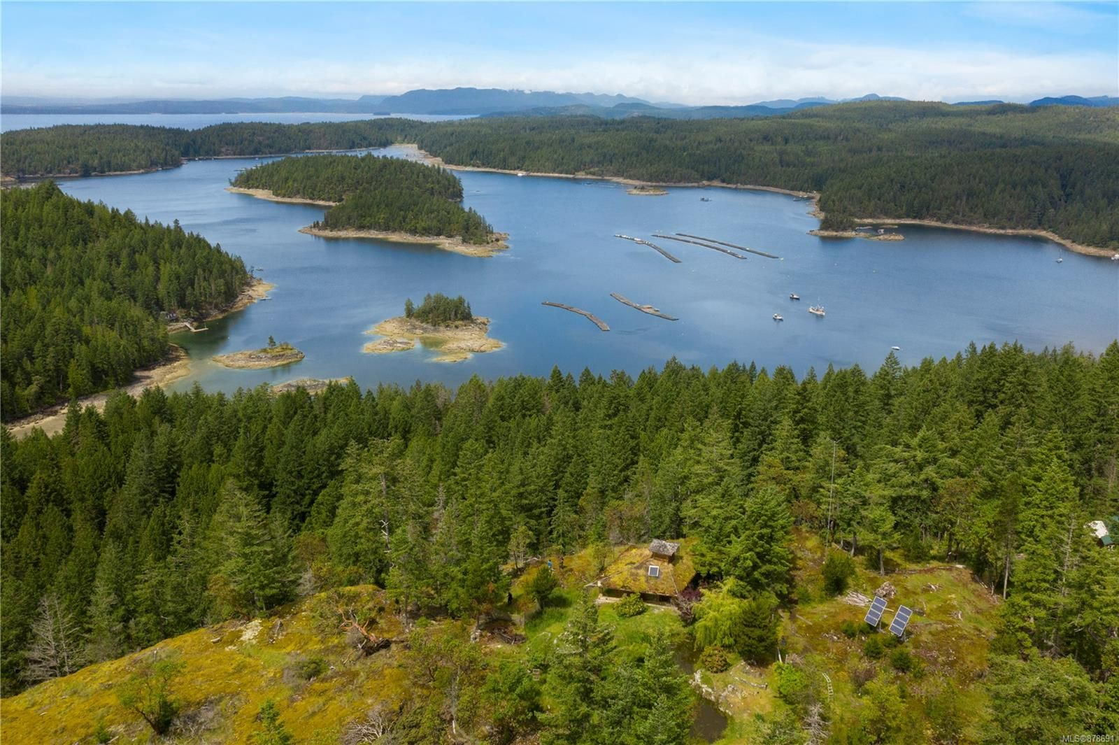 Photo 12: Photos: 979 Thunder Rd in : Isl Cortes Island House for sale (Islands)  : MLS®# 878691