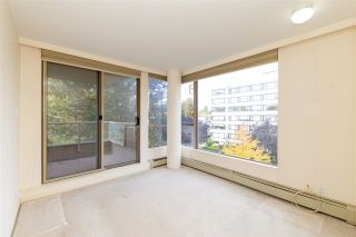 """Photo 12: 401 2108 W 38TH Avenue in Vancouver: Kerrisdale Condo for sale in """"the Wilshire"""" (Vancouver West)  : MLS®# R2510229"""