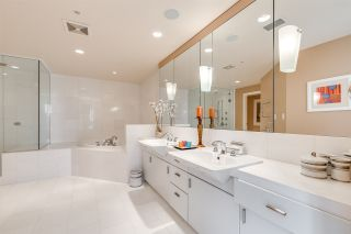 "Photo 22: 2101 1233 W CORDOVA Street in Vancouver: Coal Harbour Condo for sale in ""CARINA"" (Vancouver West)  : MLS®# R2523119"