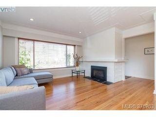Photo 5: 465 Arnold Ave in VICTORIA: Vi Fairfield West House for sale (Victoria)  : MLS®# 755289