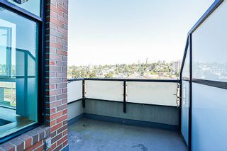 """Photo 13: 324 10 RENAISSANCE Square in New Westminster: Quay Condo for sale in """"MURANO LOFTS"""" : MLS®# R2186275"""