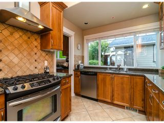 Photo 2: 15277 COLUMBIA Avenue: White Rock House for sale (South Surrey White Rock)  : MLS®# F1322923