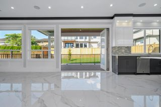 Photo 7: 15457 82 Avenue in Surrey: Fleetwood Tynehead House for sale : MLS®# R2617783