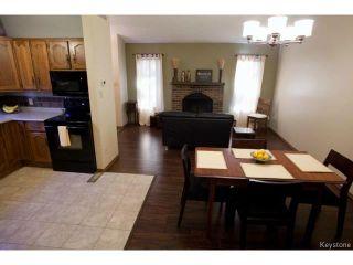 Photo 8: 213 Red Oak Drive in WINNIPEG: North Kildonan Residential for sale (North East Winnipeg)  : MLS®# 1320584