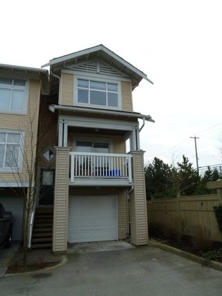 Photo 1: 125 20033 70 Avenue in Denim II: Home for sale : MLS®# F1104974