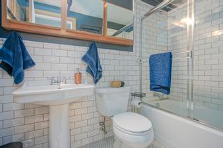 "Photo 11: 206 234 E 5TH Avenue in Vancouver: Mount Pleasant VE Condo for sale in ""GRANITE BLOCK"" (Vancouver East)  : MLS®# R2406853"