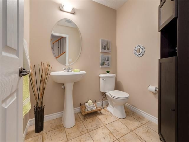 Photo 22: Photos: 40 COUGARSTONE Manor SW in Calgary: Cougar Ridge House for sale : MLS®# C4087798