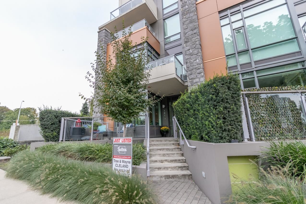 Main Photo: 101 680 SEYLYNN Crescent in North Vancouver: Lynnmour Townhouse for sale : MLS®# R2618990