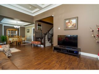 Photo 5: 19418 72A Avenue in Surrey: Clayton House for sale (Cloverdale)  : MLS®# R2106824