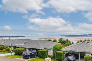 Photo 1: 981 Highview Terr in : Na South Nanaimo Row/Townhouse for sale (Nanaimo)  : MLS®# 884715