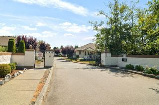 """Photo 1: 11 27435 29A Avenue in Langley: Aldergrove Langley Townhouse for sale in """"CREEKSIDE"""" : MLS®# R2600259"""