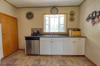 Photo 6: 70 Campbell Ave in High Bluff: House for sale : MLS®# 202116986