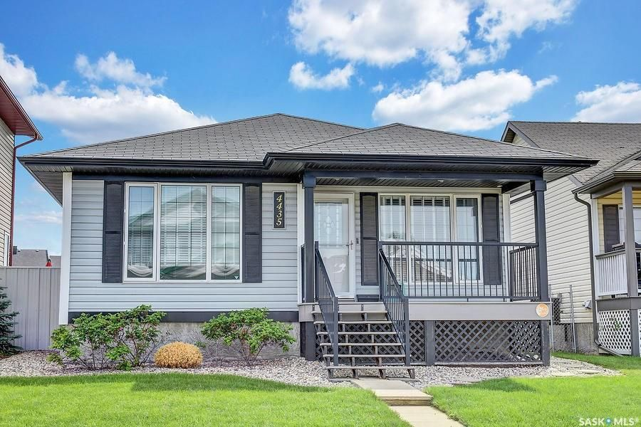 Main Photo: 4435 Meadowsweet Lane in Regina: Lakeridge RG Residential for sale : MLS®# SK849049