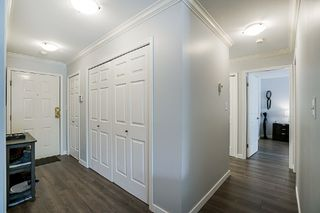 Photo 11: 106 1378 GEORGE Street: White Rock Condo for sale (South Surrey White Rock)  : MLS®# R2310592
