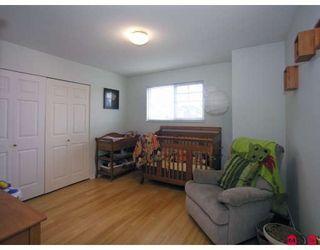 "Photo 8: 21 20788 87TH Avenue in Langley: Walnut Grove Townhouse for sale in ""KENSINGTON VILLAGE"" : MLS®# F2830864"