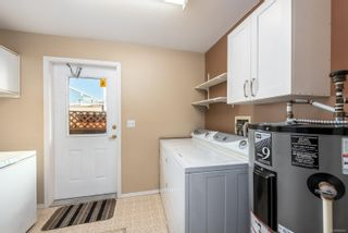 Photo 7: A 2395 Grant Ave in Courtenay: CV Courtenay City Half Duplex for sale (Comox Valley)  : MLS®# 856921