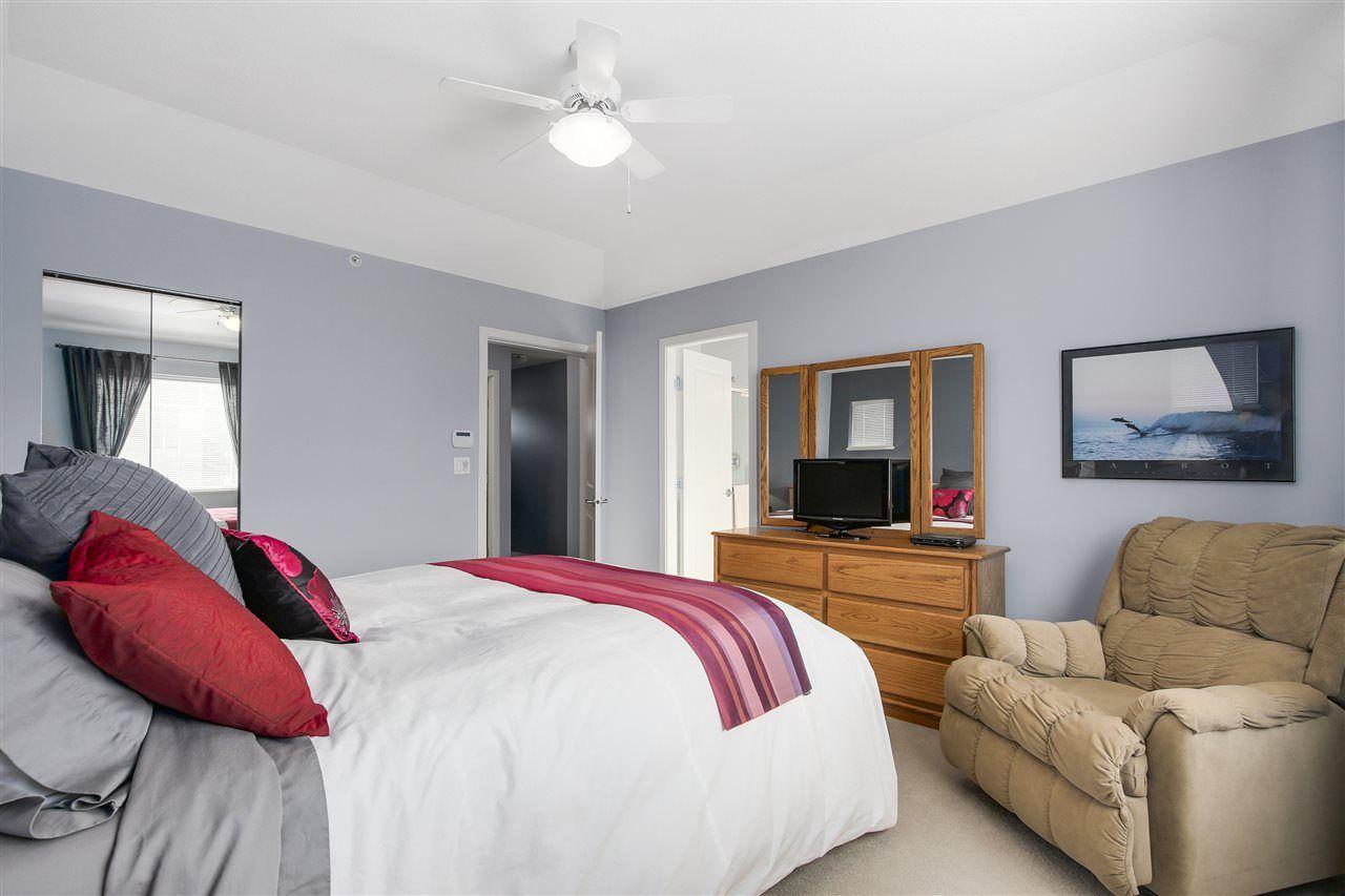 "Photo 14: Photos: 24110 HAWKINS Avenue in Maple Ridge: Albion House for sale in ""MAINSTONE CREEK"" : MLS®# R2140724"