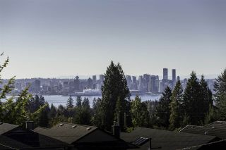 Photo 1: 2949 CHESTERFIELD Avenue in North Vancouver: Upper Lonsdale House for sale : MLS®# R2117460